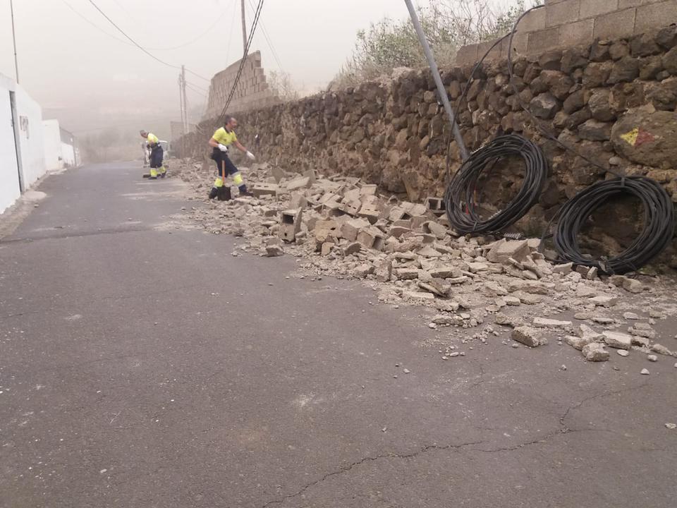 El alcalde de La Orotava solicitará ayuda al Gobierno de Canarias ante los numerosos destrozos por el temporal y previa declaración como zona Catastrófica