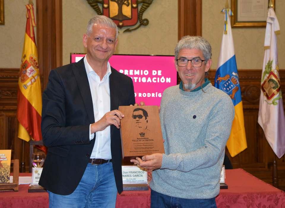 José Manuel Hernández recibe el Premio de Investigación Alfonso Trujillo