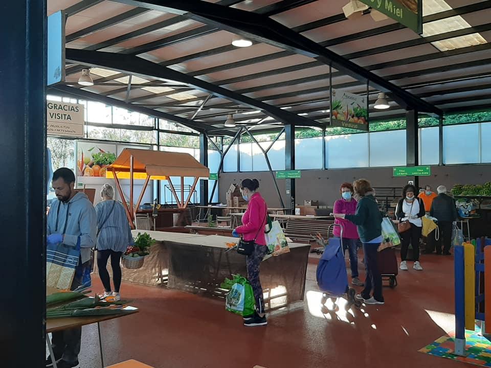 El Mercadillo Valle de La Orotava mantiene su servicio especial de reparto a domicilio