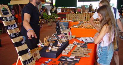 Juli Ruiz incorpora joyas artesanas a la oferta del Mercadillo Valle de La Orotava