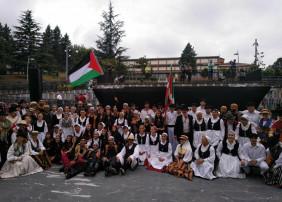 El grupo Támbara ha participado en el Festival Internacional Jaialdia en Gallarta, representando a La Orotava y a Canarias