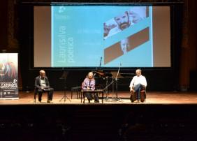 El público asistente disfrutó de la poesía de Alexis Díaz Pimienta, Yeray Rodríguez, Elsa López y José María Espinar