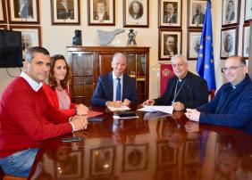 El Ayuntamiento de La Orotava financia la rehabilitación de las puertas de la Iglesia de San Agustín