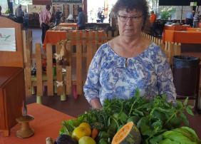 El Mercadillo Valle de La Orotava   entrega la cesta-regalo número 500