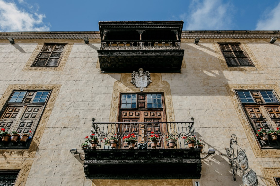 Casa Lercaro_fachada (Medium)