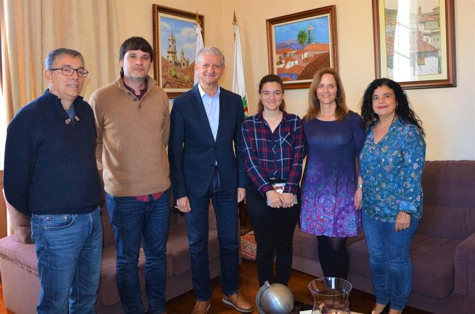 Recepción a la alumna villera que participará en las Olimpiada de Filosofía Málaga 2019