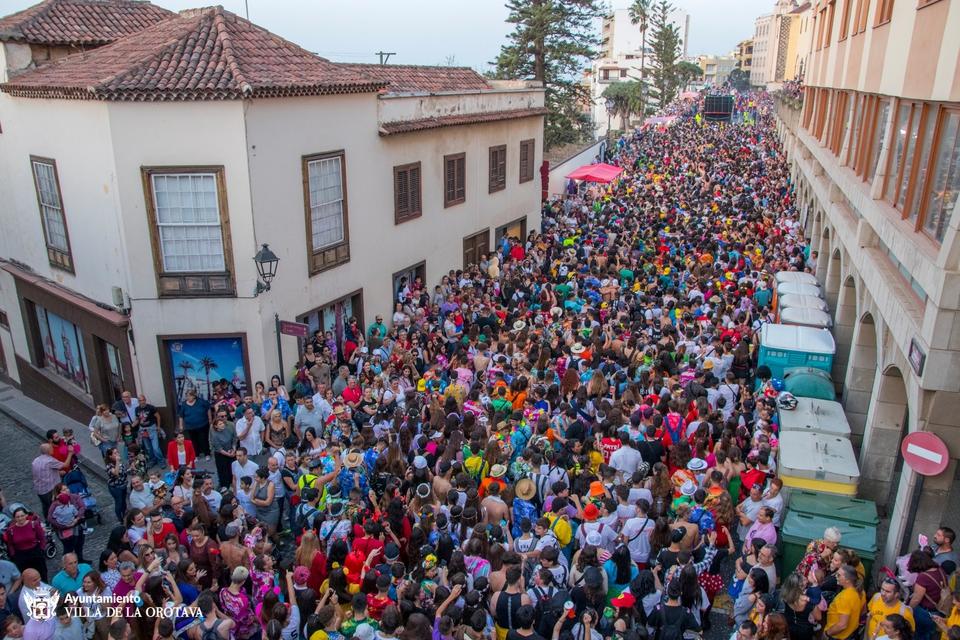 Más de 20.000 personas disfrutaron con del Coso Apoteósico de La Orotava