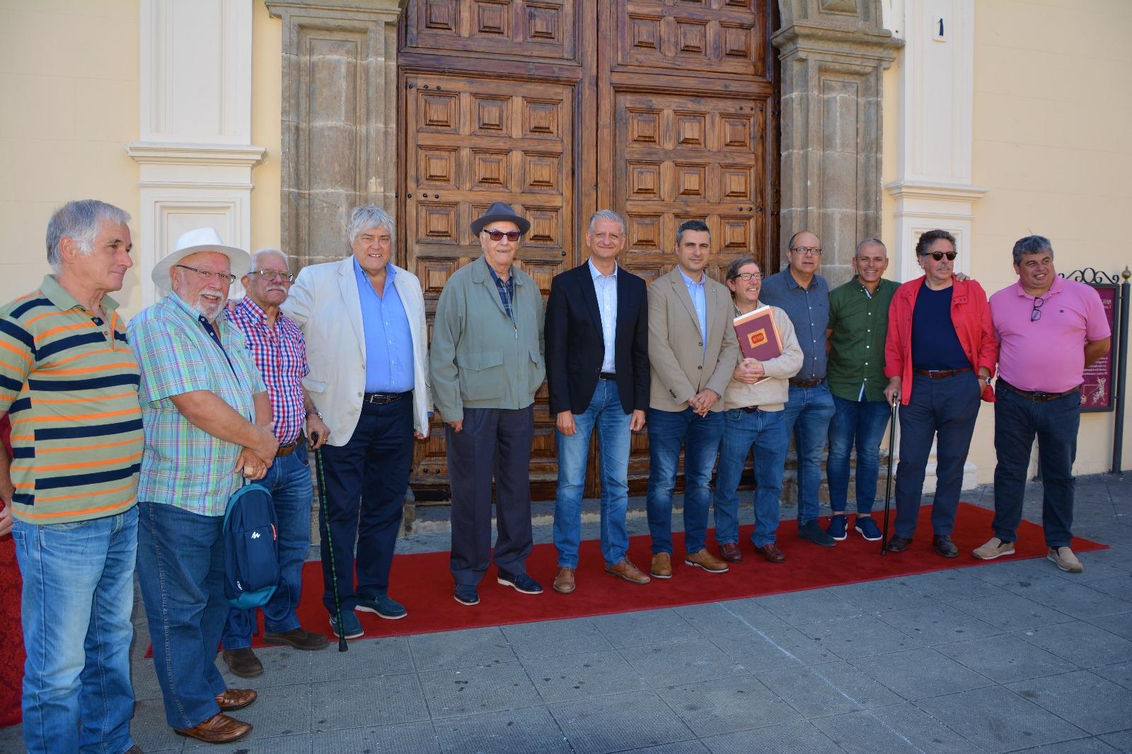 Las Fiestas de San Juan en La Orotava fueron un 'movimiento social' y ahora se conmemora su 40 aniversario
