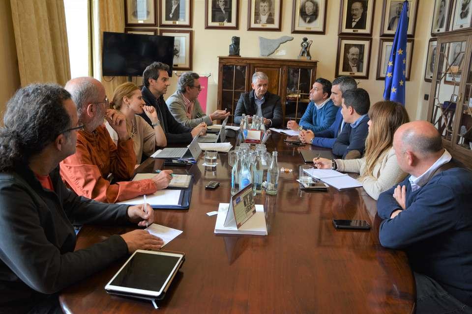 Linares valora la eficaz gestión del Consorcio de El Rincón