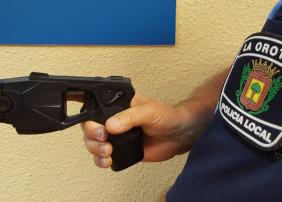 La Orotava acoge un curso sobre el uso y manejo del arma eléctrica