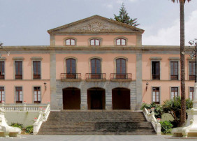 El Ayuntamiento de La Orotava saca a concurso el servicio de retirada de vehículos con grúa