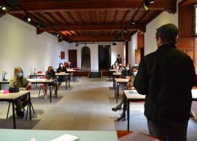 El escritor José María Espinar, premio Iberoamericano Verbum de Novela 2020, es uno de los docentes que imparte esta formación