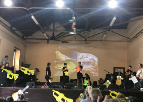 UNOS 200 ESCOLARES DISFRUTAN DEL CUENTO MUSICAL 'EL CANARIO Y GUACIMARA' EN LA OROTAVA